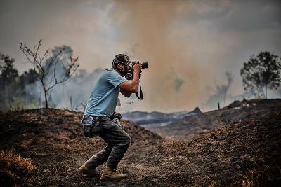 EFE se adentra en la Amazonía y sus imágenes acaparan prestigiosas portadas