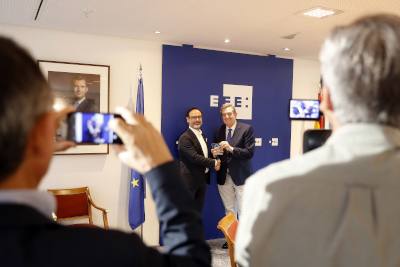 El Banco de Alimentos premia la colaboración de EFE en la Gran Recogida 2018