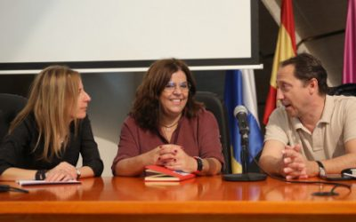 """EFE celebra con los alumnos de la Universidad de La Laguna sus 80 años como """"mina del periodismo"""""""