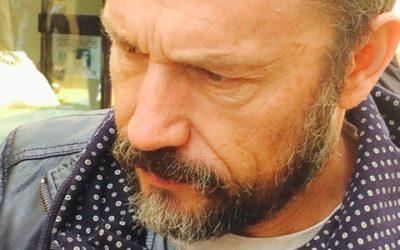 La gala de los Premios Goya recuerda al periodista Carlos del Amo