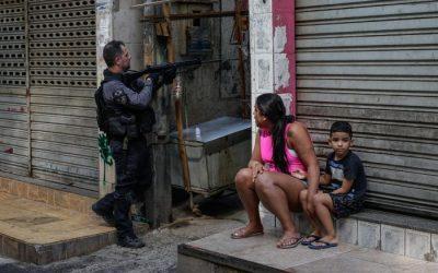 La tragedia de la favela con los ojos de EFE en el mundo