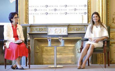La canciller de Panamá, entrevistada por la directora de Internacional, en una nueva Tribuna EFE/Casa de América